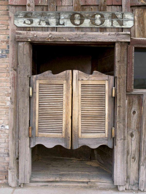 Saloon Entrance 6' x 8' (1,83m x 2,44m)
