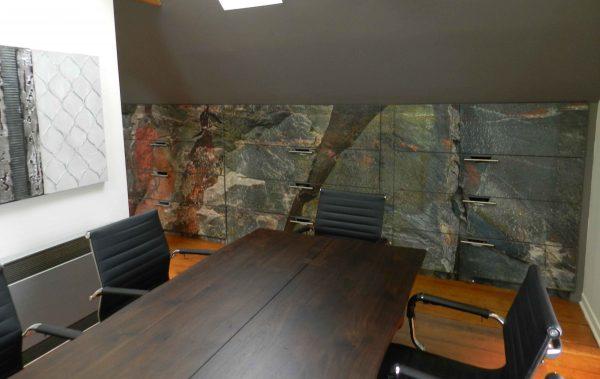Canadian Shield Rock Face 15' x 9' (4,57m x 2,75m)