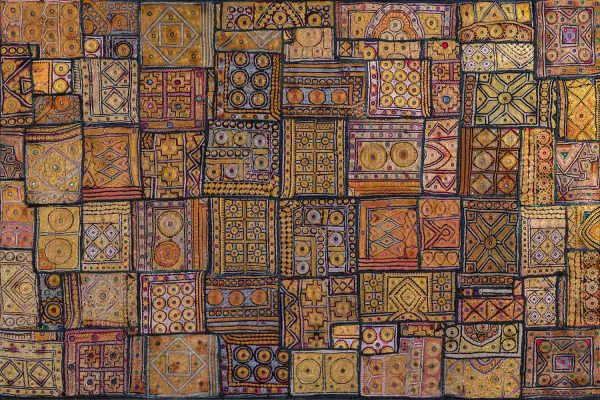 Indian Gold Embroidery 12' x 8' (3,66m x 2,44m)