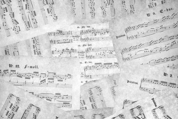 Music Sheets (Black and White) 12' x 8' (3,66m x 2,44m)